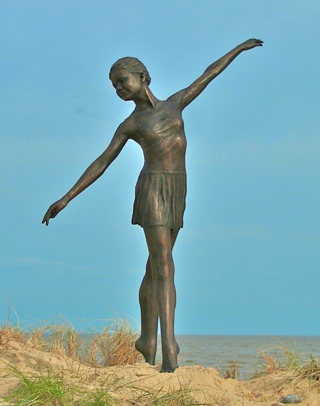 bronze ballet dancer